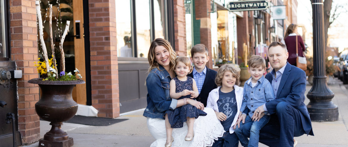 EXCELSIOR FAMILY PHOTOGRAPHERS | MEET THE BUTLERS
